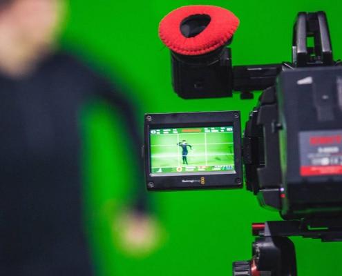 Kamera und ein Greenscreen für Keying